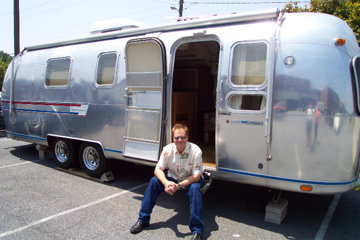 la tendance airstream topic officiel oldies anciennes forum collections. Black Bedroom Furniture Sets. Home Design Ideas